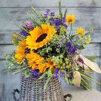 "Bouquet of flowers ""Hello Summer!"""