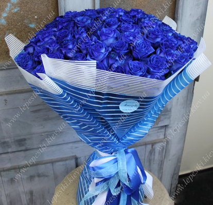 Bouquet of 101 Dutch blue roses