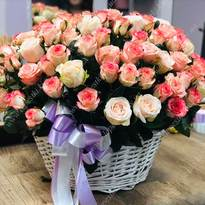 Delicate basket of roses