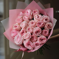 Bouquet of 25 French peony roses